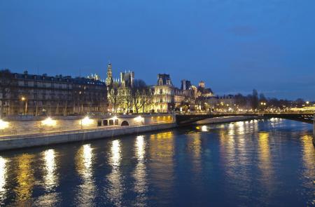 Paris Seine - Hotel de Ville